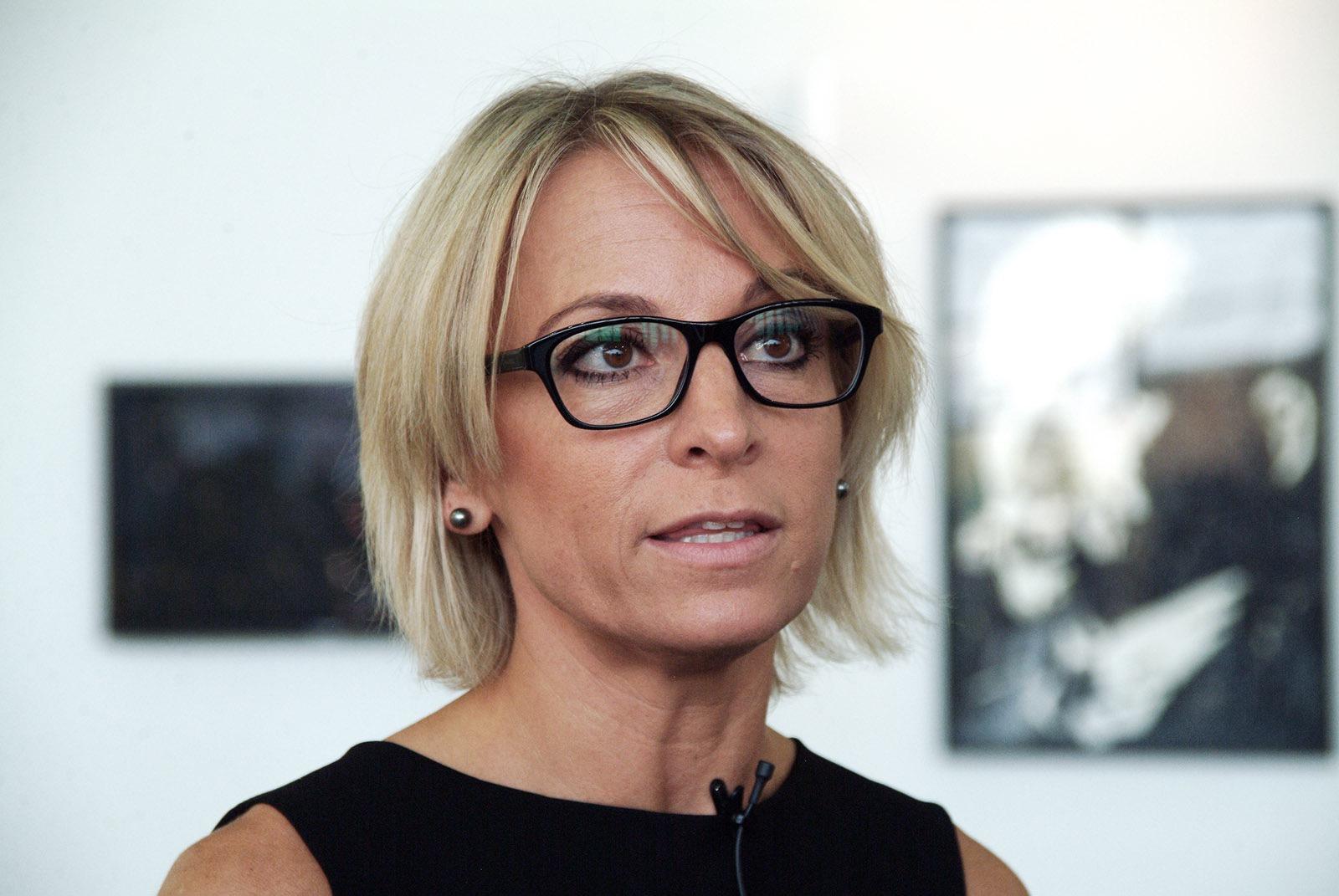 Sarah Cosulich