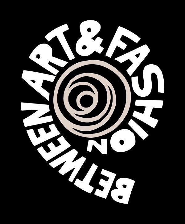 Between Art & Fashion