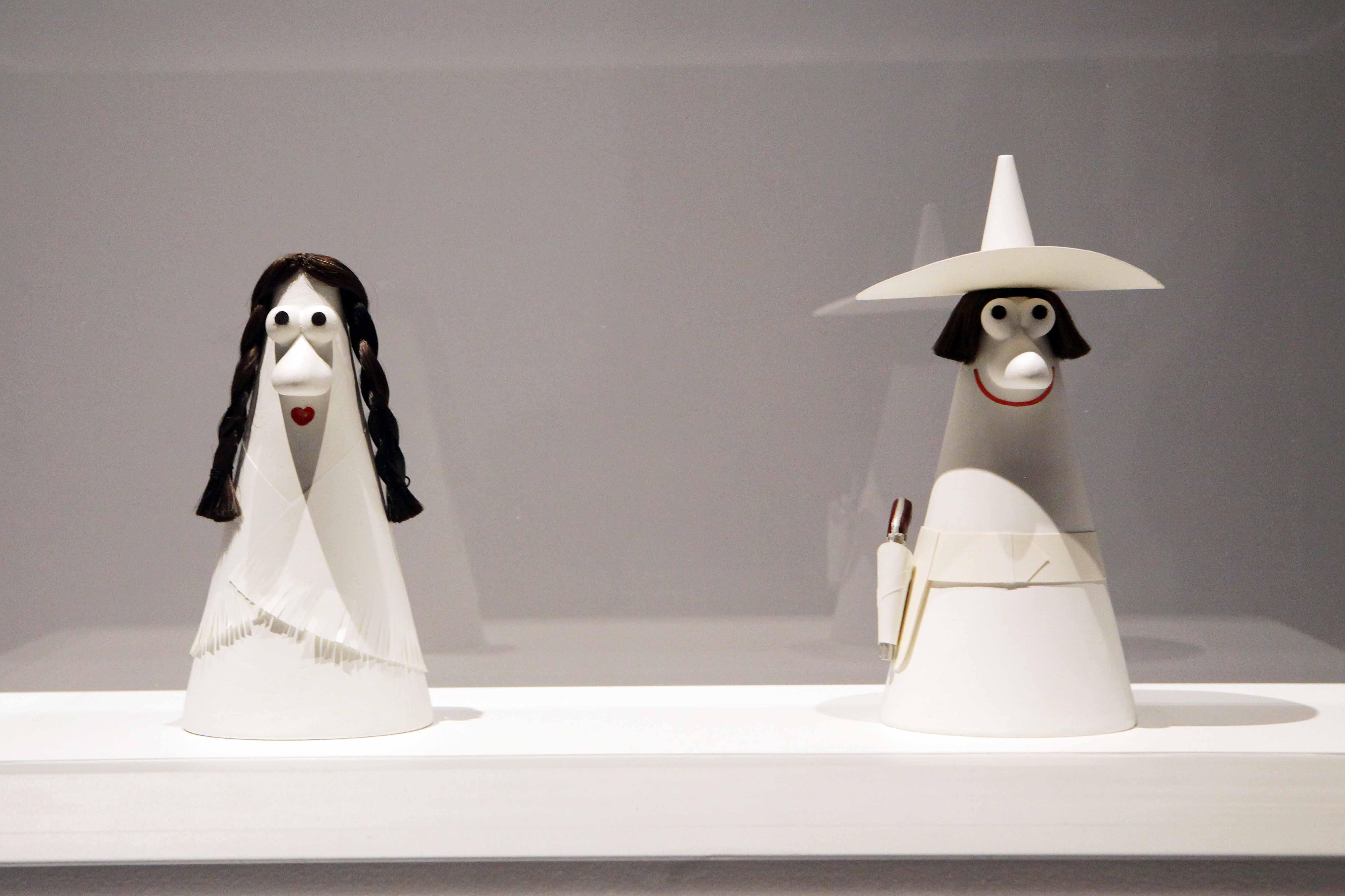 Caballero & Carmencita, 1965, gesso, 25x11x11, .Collezione Gemma De Angelis Testa, Musei Reali Torino 2019. Crediti fotografici Daniele Bottallo.