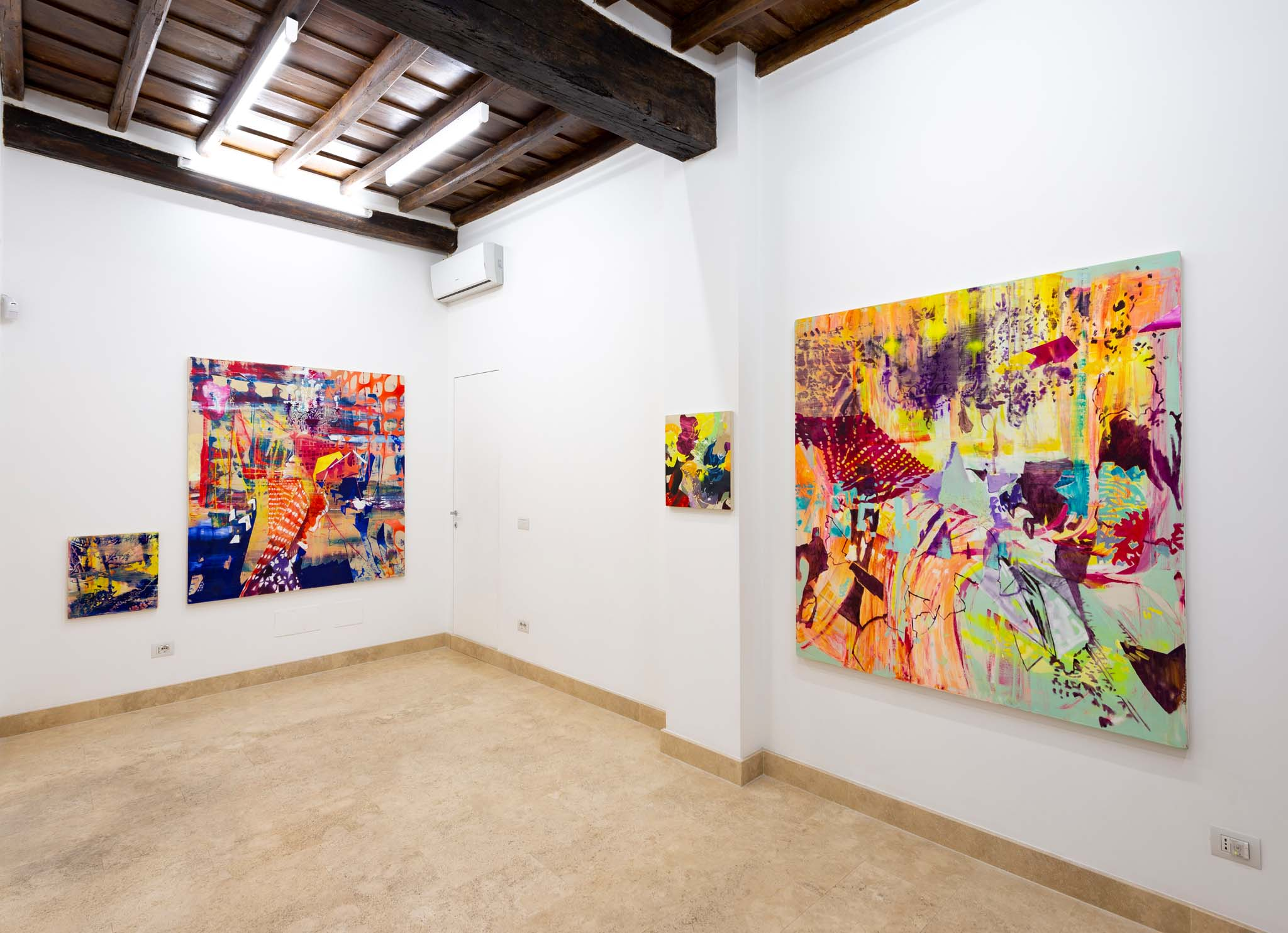 Zanbagh Lofti, I'm just killing time, installation view. Photo courtesy Giorgio Benni