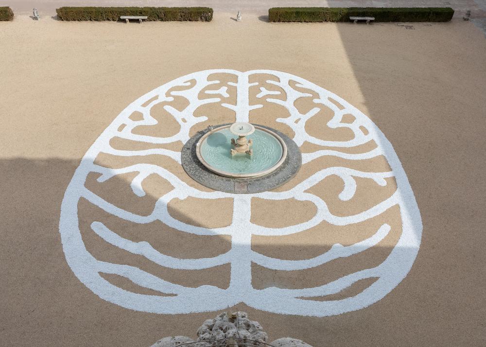"""""""Le Labyrinthe du cerveau"""", 2019, pietre di marmo 403m2 courtesy Anne et Patrick Poirier - Photo courtesy Daniele Molajoli"""