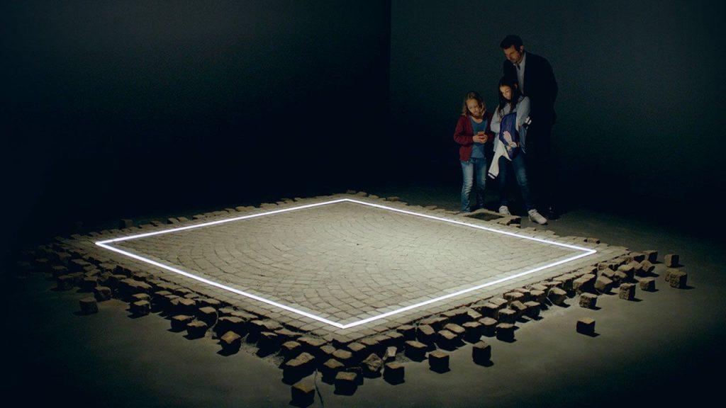 Il Panopticon espositivo e il Carcere mediale