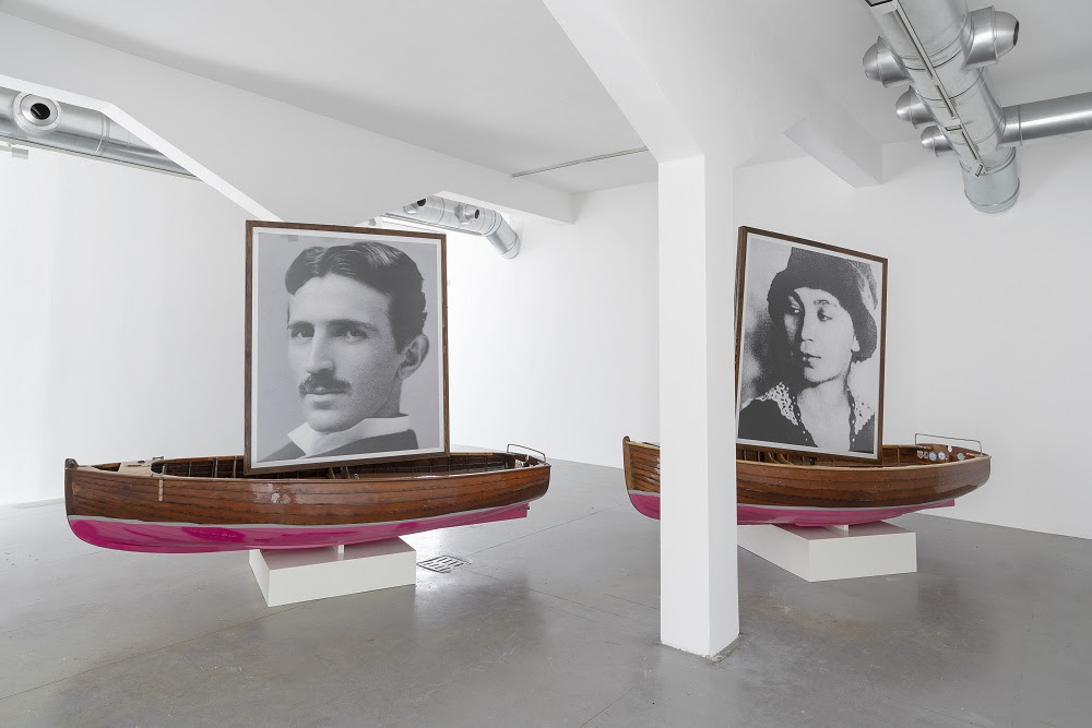 Braco Dimitrijević, Traveling to Post History, Installation view, M77 Gallery, Milano