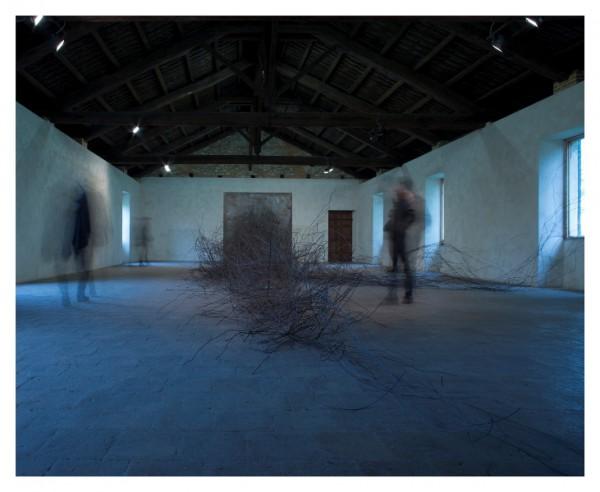 Davide-Dormino-Magnetism-2013-site-specific-Castello-di-Rivara-600x492