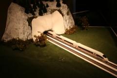 John DuncanMONUMENTS-tunnelentry
